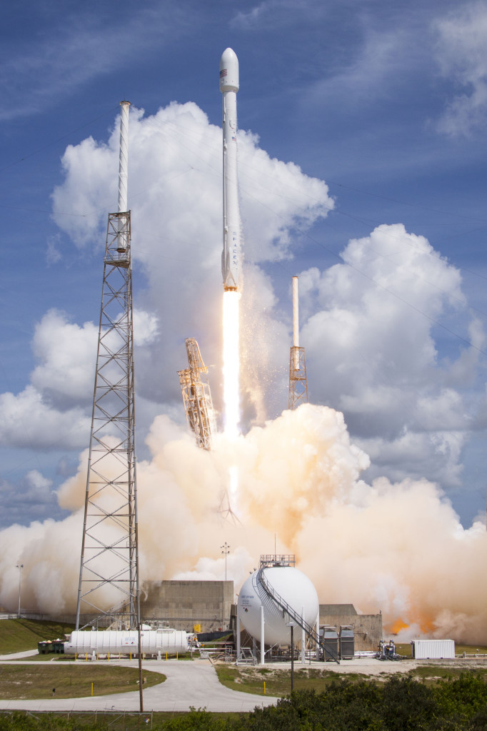Falcon 9 launches ORBCOMM OG2 satellites to orbit. Image Source: SpaceX