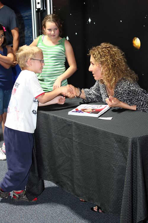 Anousheh Ansari met with kids at the Space Foundation Discovery Center and encouraged them to pursue their dreams. Image Credit: Colorado Space News