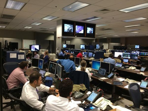 The Mission Control Center monitoring Wiseman and Gerst's activities. Image Credit: NASA