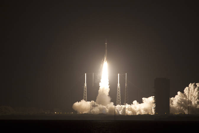 The United Launch Alliance Atlas V rocket with NASA's Magnetospheric Multiscale (MMS) spacecraft onboard launches from the Cape Canaveral Air Force Station Space Launch Complex 41, Thursday, March 12, 2015, Florida. Image Credit: NASA