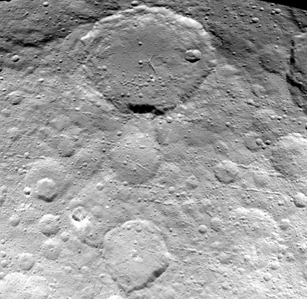 This image of Ceres is part of a sequence taken by NASA's Dawn spacecraft on May 23, 2015, from a distance of 3,200 miles (5,100 kilometers). Resolution in the image is about 1,600 feet (480 meters) per pixel. Image credit: NASA/JPL-Caltech/UCLA/MPS/DLR/IDA