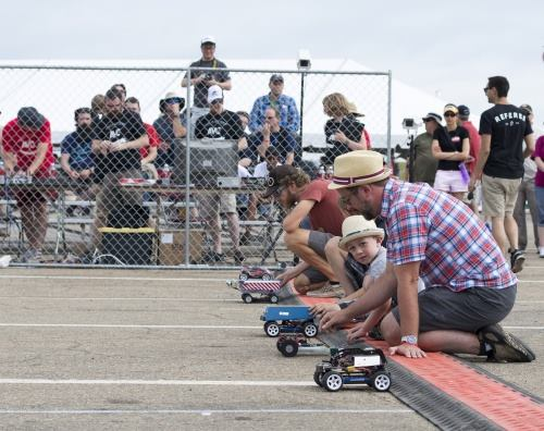 Competitors ready their bots at AVC 2014. Image Credit: SparkFun Electronics