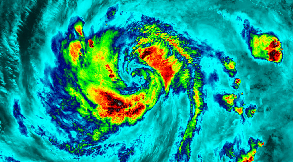 The VIIRS instrument aboard NASA-NOAA's Suomi satellite captured this infrared night-time picture of Hurricane Blanca early on June 5. Red indicates coldest cloud tops. Image Credit: UW-CIMSS/NASA/NOAA