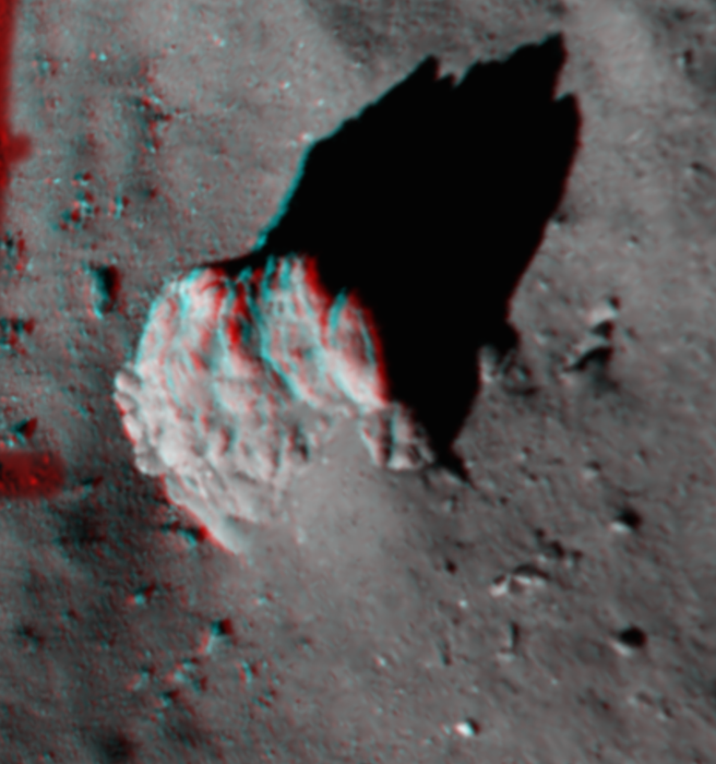 3D view of large boulder at Agilkia. Image Credit: ESA/Rosetta/Philae/ROLIS/DLR