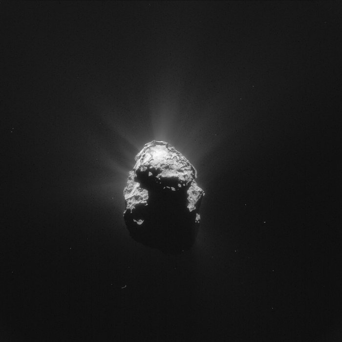 This single frame Rosetta navigation camera image of Comet 67P/Churyumov-Gerasimenko was taken on June 25, 2015 from a distance of 168 km from the comet centre. The image has a resolution of 14.3 m/pixel and measures 14.6 km across. Image Credit: ESA/Rosetta/NAVCAM – CC BY-SA IGO 3.0