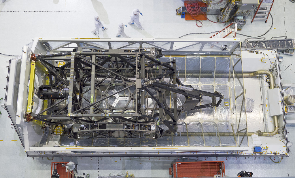 "The James Webb Space Telescope's ""spine"" or backplane arrived on Aug. 25 at NASA's Goddard Space Flight Center in Greenbelt, Maryland from Northrop Grumman. Image Credit: NASA Goddard/Chris Gunn"