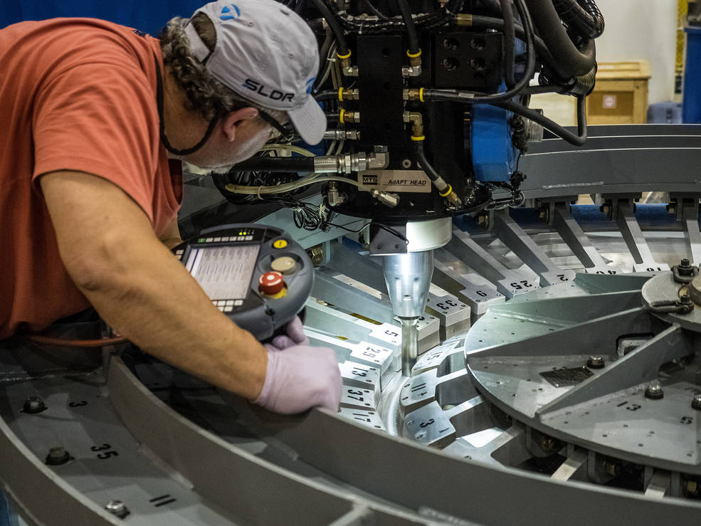 Welding Begins On Orion Em