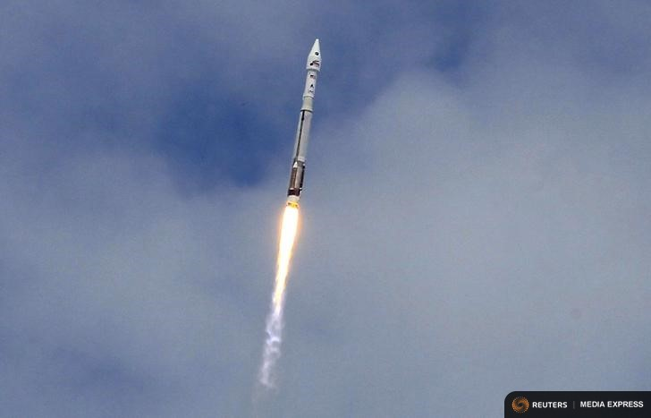 An Atlas 5 United Launch Alliance rocket lifts off from the Cape Canaveral Air Force Station carrying NASA's Mars Atmosphere and Volatile Evolution (MAVEN) spacecraft in Cape Canaveral, Florida November 18, 2013. Image Credit: REUTERS/Joe Skipper