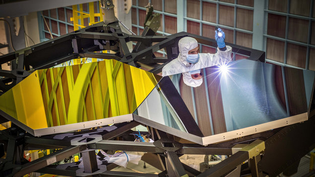 Test mirror segments for the James Webb Space Telescope. The mirrors for JWST were built by Ball Aerospace & Technologies Corp., Boulder, Colorado. Image Credit: NASA/C. Gunn