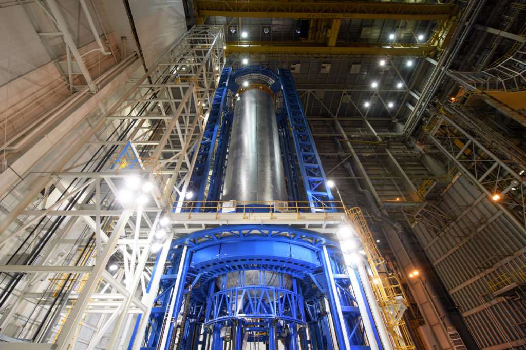 Engineers just completed welding the liquid hydrogen tank that will provide fuel for the first SLS flight in 2018. The tank measures more than 130 feet tall, comprises almost two-thirds of the core stage and holds 537,000 gallons of liquid hydrogen -- which is cooled to minus 423 degrees Fahrenheit. Image Credit: NASA/Michoud/Steven Seipel
