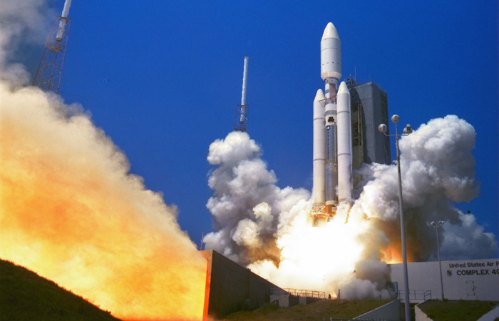 Titan IV B29 launched from Cape Canaveral, May 8, 2000. Image Credit: Lockheed Martin
